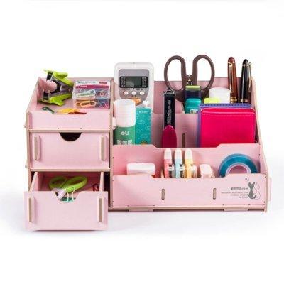 DIY drevený stojan na perá, kozmetiku, hračky