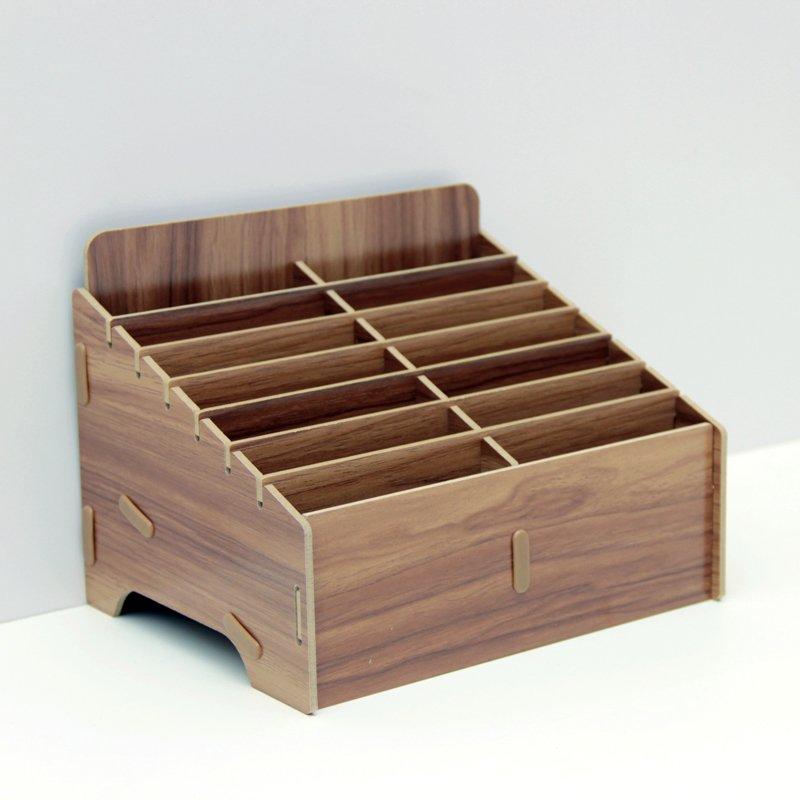 stojan-na-mobily-14c-hnedy-800x800