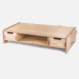 DIY stojan pod monitor s dvoma zásuvkami svetlé drevo